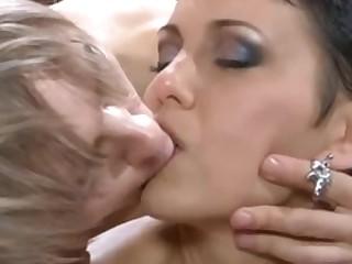 рекомендовать секс порно целки видео русское конечно, прошу